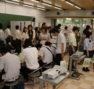 昨年度のオープンキャンパスの様子(折り紙建築作り)